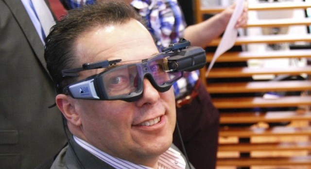 Zwei Datenbrillen auf einem Kopf Augmented Reality und Eyetracking in zwei Devices auf der CeBIT 2013