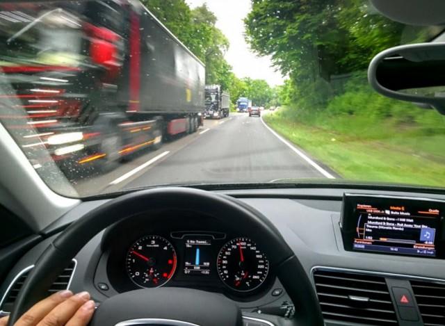 Jetzt Live: Digitaler Standstreifen: Unterwegs auf Unternehmens-Autobahnen – im Schneckentempo