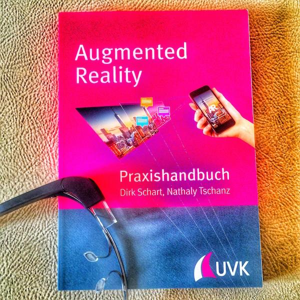 Augmented Reality Buch von Dirk Schart und Nathaly Tschanz Foto: Schleeh