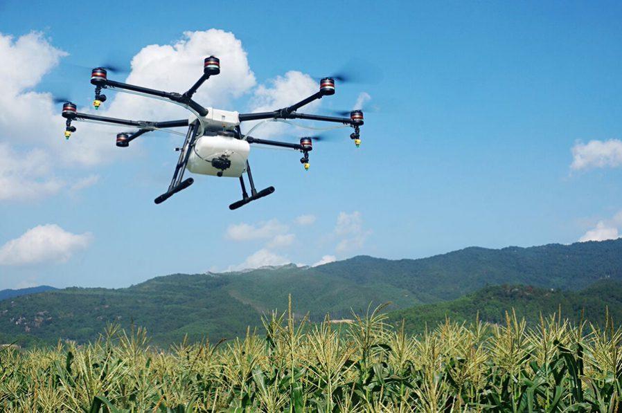 Fliegende Feldspritze und Wärmebildkamera – DJI steigt in die Landtechnik ein