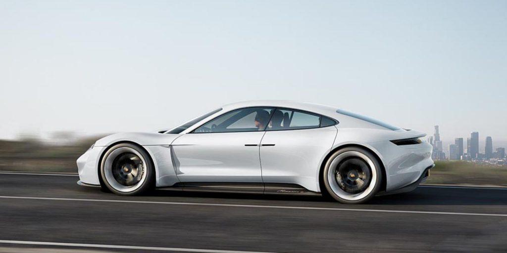 Deutsche Innovationsprobleme erklärt anhand von Porsche und Tesla